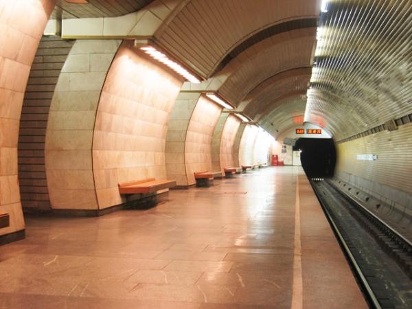"""Станція """"Печерська"""". Платформа."""